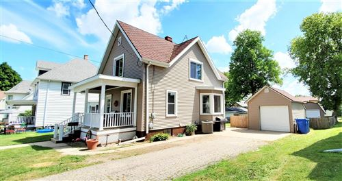 Photo of 309 N Montgomery St, Watertown, WI 53098 (MLS # 1697201)