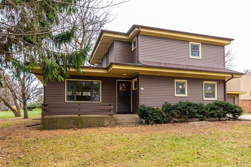 Photo of 357 Lincoln Dr, Juneau, WI 53039 (MLS # 1720202)
