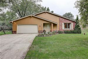 Photo of 13815 W Prospect Dr, New Berlin, WI 53151 (MLS # 1657206)