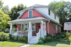 Photo of 1216 16th Ave, South Milwaukee, WI 53172 (MLS # 1653208)
