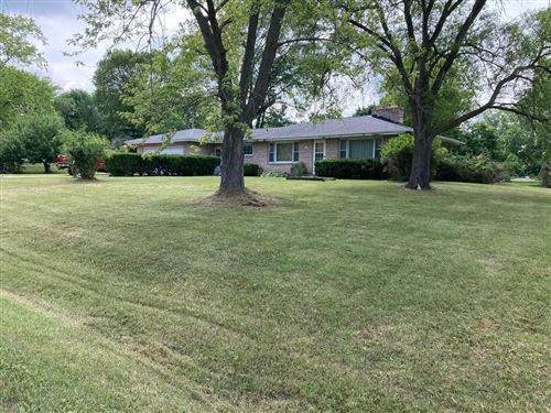 Photo of S63W12497 Emerson Dr, Muskego, WI 53150 (MLS # 1750208)