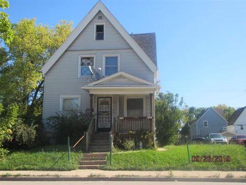 Photo of 2520 N 35th St, Milwaukee, WI 53210 (MLS # 1702209)