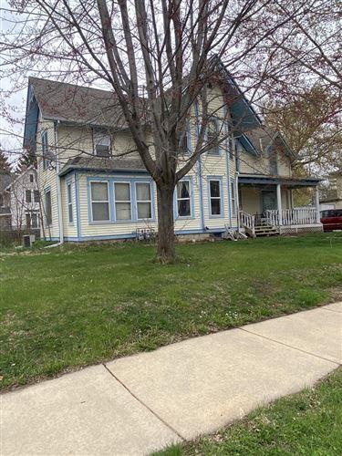 Photo of 364 W South St, Oconomowoc, WI 53066 (MLS # 1734211)