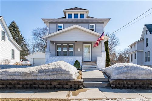 Photo of 1005 Lincoln Ave, Waukesha, WI 53186 (MLS # 1729212)