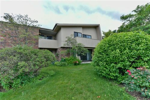 Photo of 425 W Willow Ct #203, Fox Point, WI 53217 (MLS # 1750213)