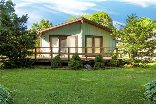 Photo of 420 First St, Walworth, WI 53184 (MLS # 1705214)