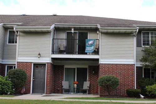 Photo of W169N11054 Ashbury Ln, Germantown, WI 53022 (MLS # 1710214)