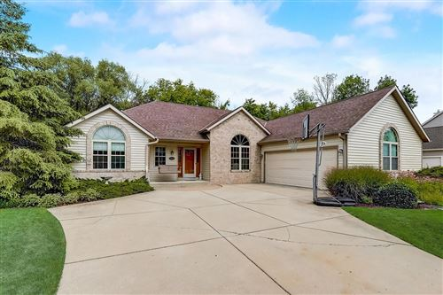 Photo of 12960 W Peachtree Dr, New Berlin, WI 53151 (MLS # 1754216)