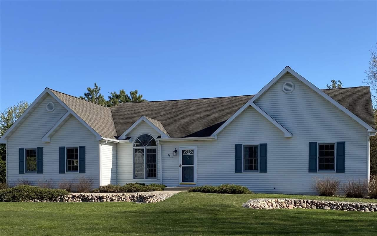 1811 BLUEBERRY DRIVE, Plover, WI 54467 - MLS#: 22002219