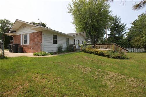 Photo of 425 S Douglas Ct, Whitewater, WI 53190 (MLS # 1750225)