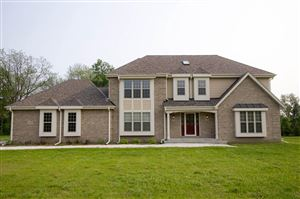 Photo of 205 Cypress Pt, North Prairie, WI 53153 (MLS # 1630227)