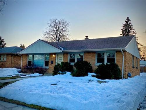 Photo of 2551 S 89th St, West Allis, WI 53227 (MLS # 1729227)