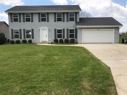 Photo of 10811 S Christina Ct, Oak Creek, WI 53154 (MLS # 1696229)