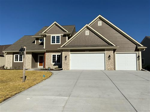 Photo of N77W23052 S Coldwater Cir, Sussex, WI 53089 (MLS # 1747232)