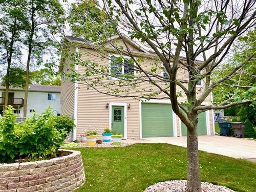 Photo of N6753 Clubhouse Dr, Elkhorn, WI 53121 (MLS # 1751234)
