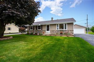 Photo of N170W20519 Parkview DR, Jackson, WI 53037 (MLS # 1658238)