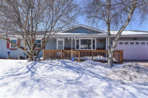 Photo of W193N16072 Stonehedge Dr, Jackson, WI 53037 (MLS # 1729240)