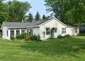 Photo of 279 N Fairview Ave, North Prairie, WI 53153 (MLS # 1647244)