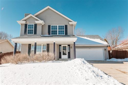 Photo of 1629 Falcon Dr, Hartford, WI 53027 (MLS # 1726251)