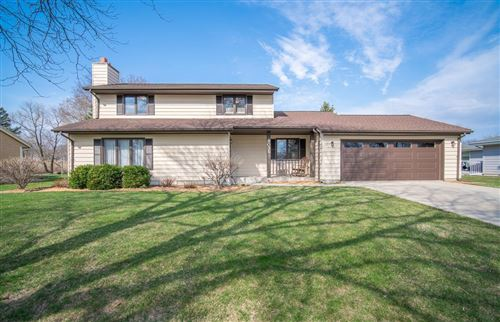 Photo of 8035 S 77th St, Franklin, WI 53132 (MLS # 1734251)