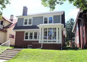 Photo of 3827 N Farwell Ave, Shorewood, WI 53211 (MLS # 1653252)
