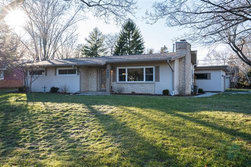 Photo of 9095 N Rexleigh Dr, Bayside, WI 53217 (MLS # 1671255)