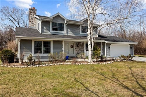 Photo of 11435 N Country View Dr, Mequon, WI 53092 (MLS # 1734256)
