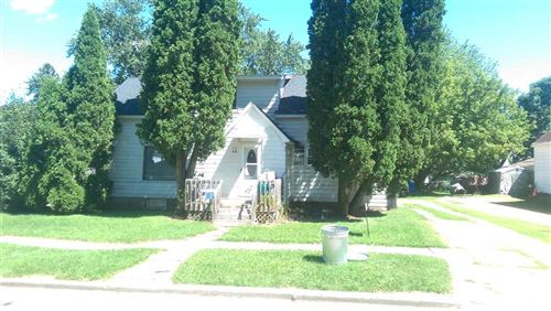 Photo of 348 Highway D, Dousman, WI 53118 (MLS # 1600258)