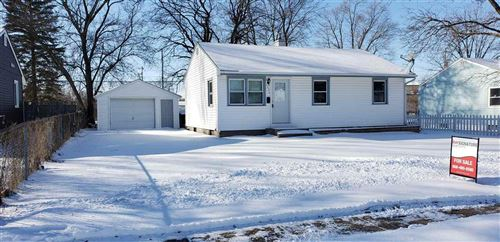 Photo of 1992 Pioneer dr, Beloit, WI 53511 (MLS # 1875262)