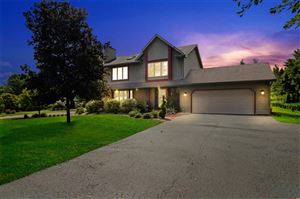 Photo of 1213 Point O Woods Dr, Twin Lakes, WI 53181 (MLS # 1653267)