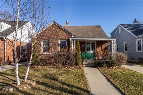 Photo of 4828 N Elkhart Ave, Whitefish Bay, WI 53217 (MLS # 1672267)