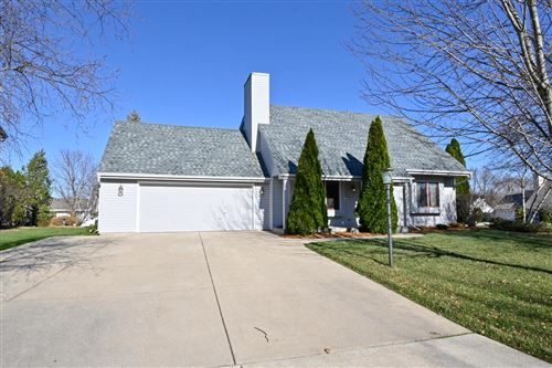 Photo of 3824 W Leah Ave, Franklin, WI 53132 (MLS # 1718267)