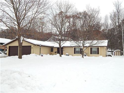 Photo of N66W27883 MAPLE ST, SUSSEX, WI 53089 (MLS # 1538270)