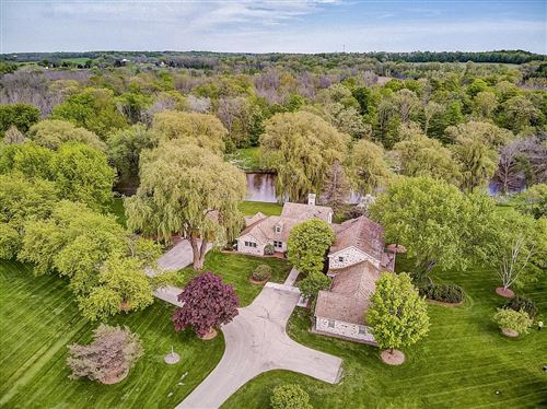 Photo of 7455 Hickory Dr, FREDONIA, WI 53021 (MLS # 1582270)
