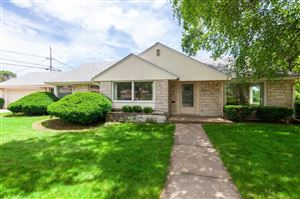 Photo of 710 N 74th St, Wauwatosa, WI 53213 (MLS # 1646271)