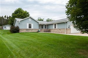 Photo of 241 Fairview Ct, Slinger, WI 53086 (MLS # 1655271)