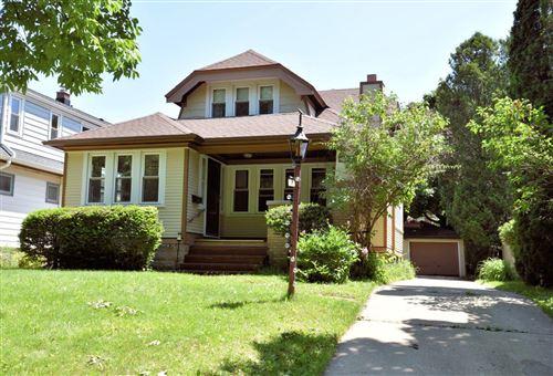 Photo of 4226 N Morris Blvd, Shorewood, WI 53211 (MLS # 1693271)