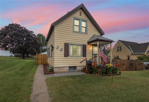 Photo of 122 E Prospect St, Port Washington, WI 53074 (MLS # 1705273)