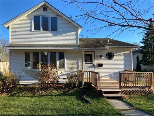 Photo of 277 S Janesville St, Whitewater, WI 53190 (MLS # 1718273)