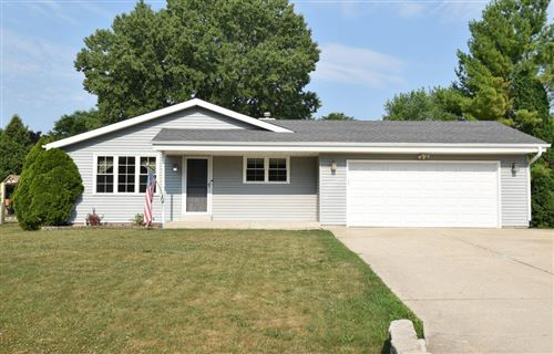 Photo of 8771 S 84th St, Franklin, WI 53132 (MLS # 1752274)