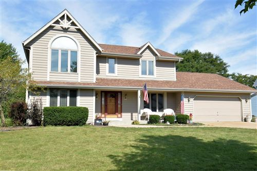 Photo of 9731 S Fox Run, Oak Creek, WI 53154 (MLS # 1717286)