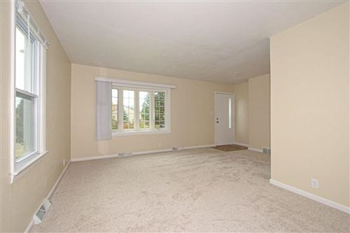 Photo of 1800 17th Ave, South Milwaukee, WI 53172 (MLS # 1665287)
