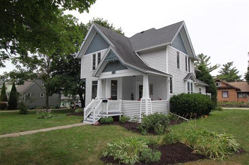 Photo of 202 S Wisconsin St, Elkhorn, WI 53121 (MLS # 1752287)