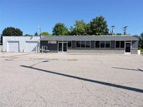 Photo of 139 W Garland St, Jefferson, WI 53549 (MLS # 1705288)