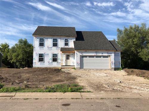 Photo of 1227 E Longneedle Ln, Elkhorn, WI 53121 (MLS # 1684290)