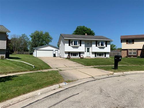 Photo of 1625 Clark Ct, South Milwaukee, WI 53172 (MLS # 1694291)