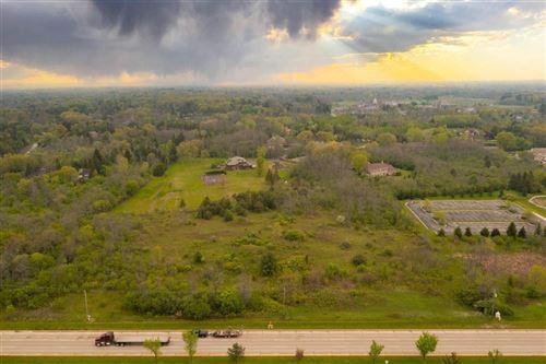 Photo of 2280 W Brown Deer Rd, River Hills, WI 53217 (MLS # 1743293)