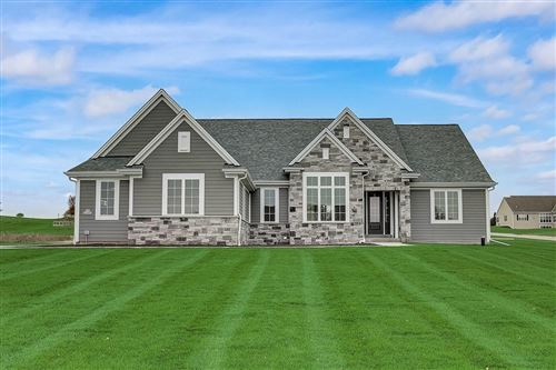 Photo of N66W27991 Maple St, Sussex, WI 53089 (MLS # 1715297)