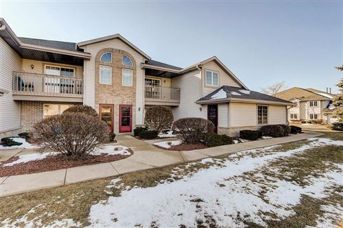 Photo of 1043 Quinlan Dr #F, Pewaukee, WI 53072 (MLS # 1674298)