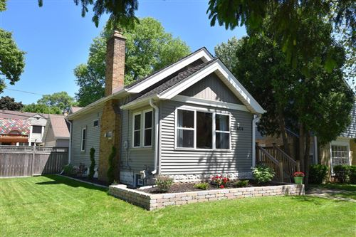 Photo of 6174 N Lydell Ave, Whitefish Bay, WI 53217 (MLS # 1694298)